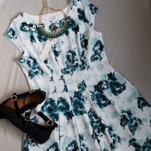 NWT ELLE White and turquoise flowery dress